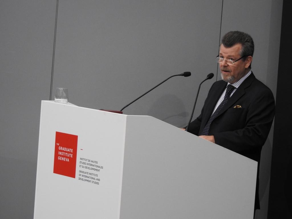 Dominique J. Ducret, président